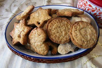 Biscotti Natalizi – snack, decorazione o idea regalo per le feste!