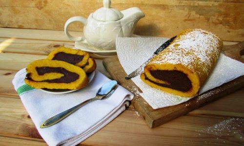 Rotolo di pan di spagna alla crema al cioccolato