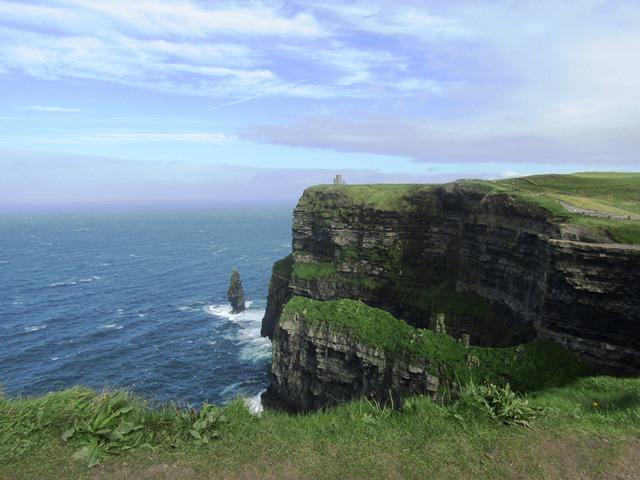 Un Piccolo scorcio delle Cliffs of Moher, prima di tornare alla ricetta della seafood chowder
