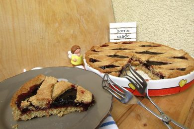 Crostata con farina integrale marmellata di ciliegie – fibre e gusto!
