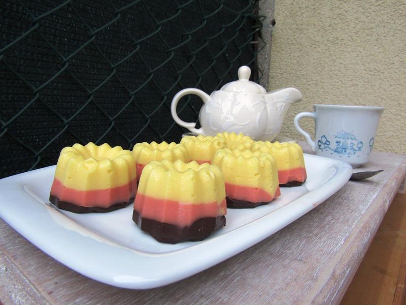 budini di crema ai tre colori