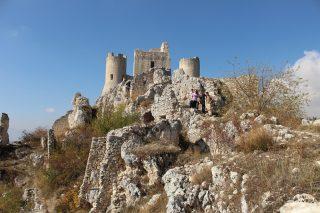 Il gruppo ai piedi di Rocca Calascio