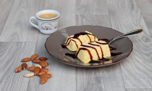 Semifreddo alle Mandorle – dessert elegante e squisito!