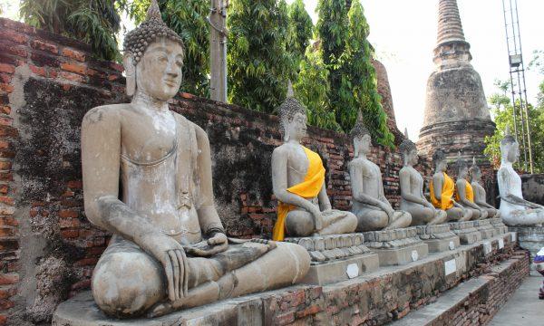 Qualche dritta per i templi thai: le posizioni del Buddha