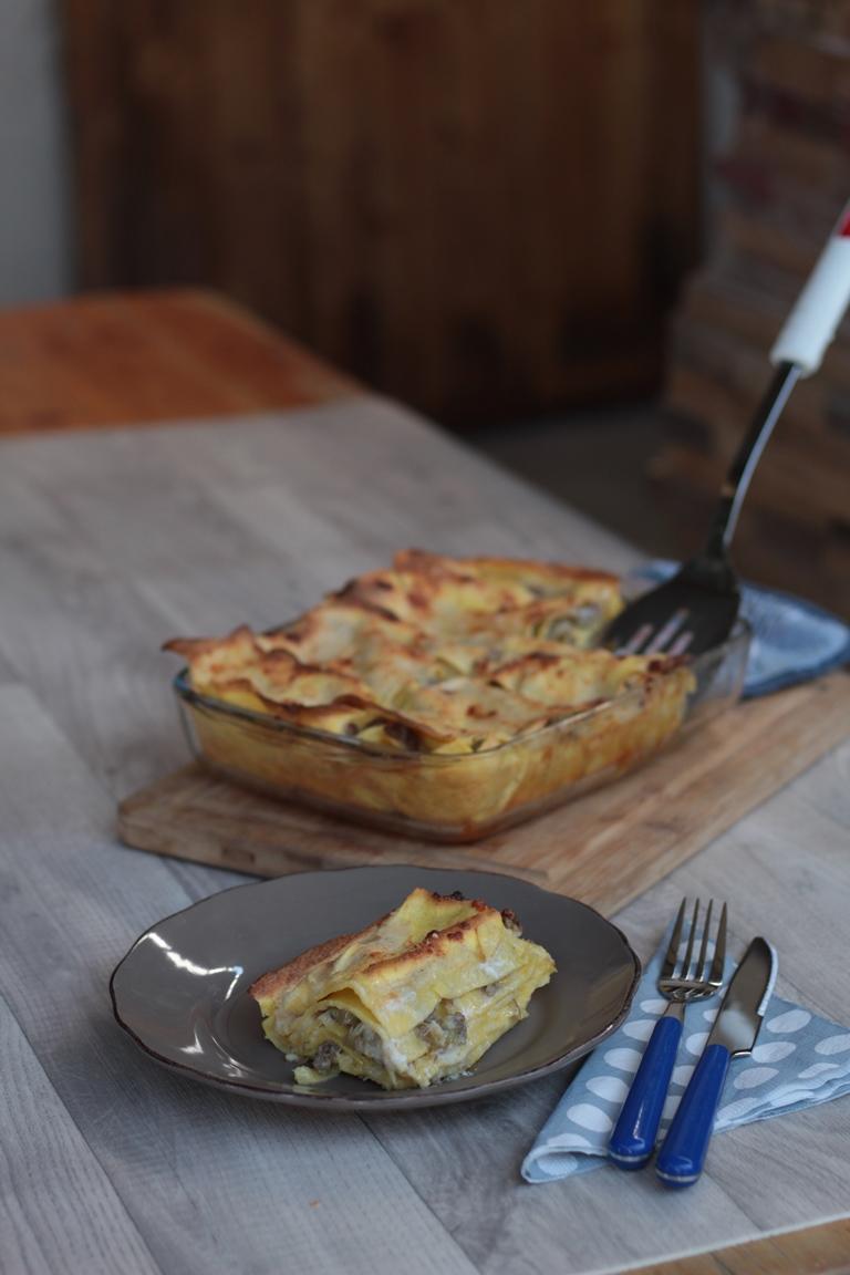 Lasagne carciofi e salsiccia