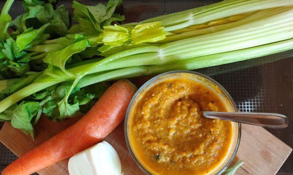 Dado di verdure fatto in casa – da avere sempre in dispensa