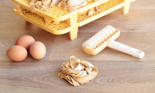 Pappardelle fatte in casa – la pasta all'uovo perfetta